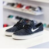 shoes,nike sb,nikejanoski,stars,dark blue