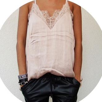 black dentelle tank top top jewels cute dentelle t-shirt pants baby pink dusty pink bottoms black pants bracelets