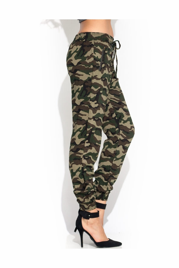 Bottoms hide and seek camo joggers