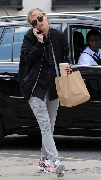 jacket cara delevingne shoes