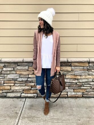 mrscasual blogger sweater cardigan jeans shoes jewels hat beanie louis vuitton bag boots