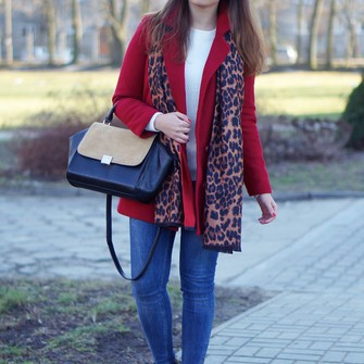 blogger red coat a piece of anna leopard print scarf scarf red
