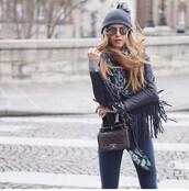 sunglasses,round sunglasses,grey,streetwear,jacket,leather,leather jacket,fringed jacket,winter outfits