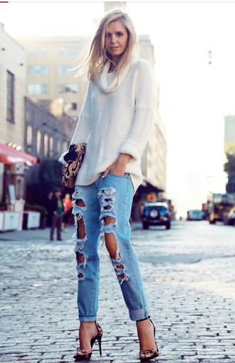 jeans boyfriend jeans ripped ripped jeans denim sweater shoes light blue boyfriend jeans