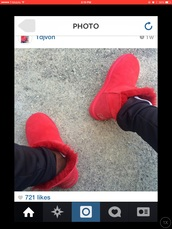 red,ugg boots