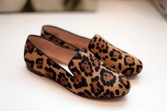 shoes leopard print print black brown oriental print loafers smoking slippers