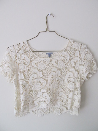t-shirt crop tops white lace shirt cutoff shirt vintage top white crop tops crochet crochet top crop tops embrodering crop top bralette skater skirt lovely tank top crop boxy crop top blouse