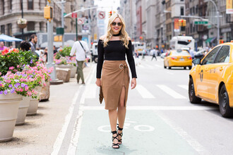 bows&sequins blogger top skirt shoes bag sunglasses jewels jewelry necklace choker necklace black choker black off shoulder top black top off the shoulder off the shoulder top long sleeves brown skirt slit skirt midi skirt sandals sandal heels high heel sandals lace up sandals spring outfits
