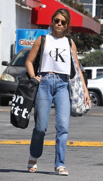 top summer top jeans boyfriend jeans crop tops sunglasses bag streetstyle sarah hyland
