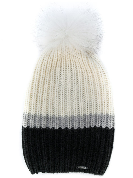 hat white knit