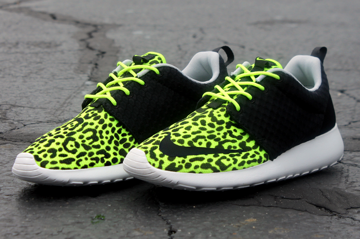 0b880f6b6757 Nike Roshe Run Rosherun FB Leopard Flyknit Green Volt GPX Tiger ...