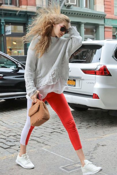 bag gigi hadid streetstyle model off-duty pants fall outfits