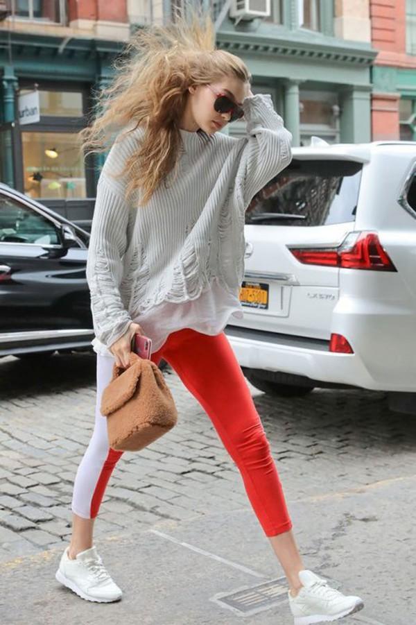 bag gigi hadid streetstyle model off-duty pants fall outfits