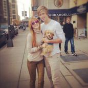 bella thorne,gold pants,pants,gold,boyfriend