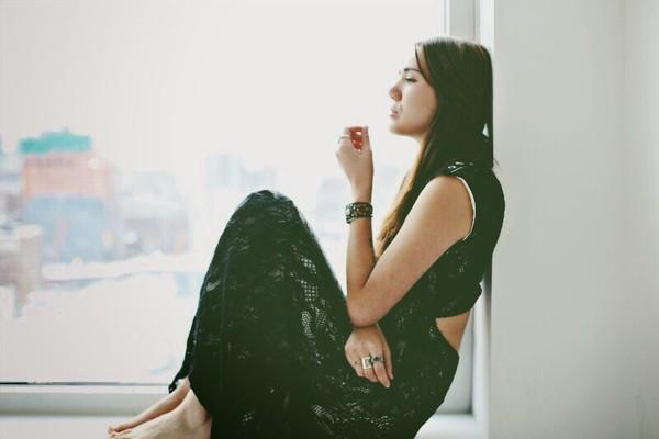 color me nana blogger cut-out dress black dress maxi dress lace dress boho dress dress jewels