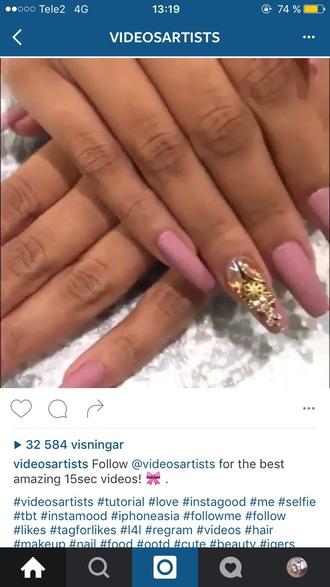 nail polish pink lilac purple nails nail accessories acrylic nails diamonds
