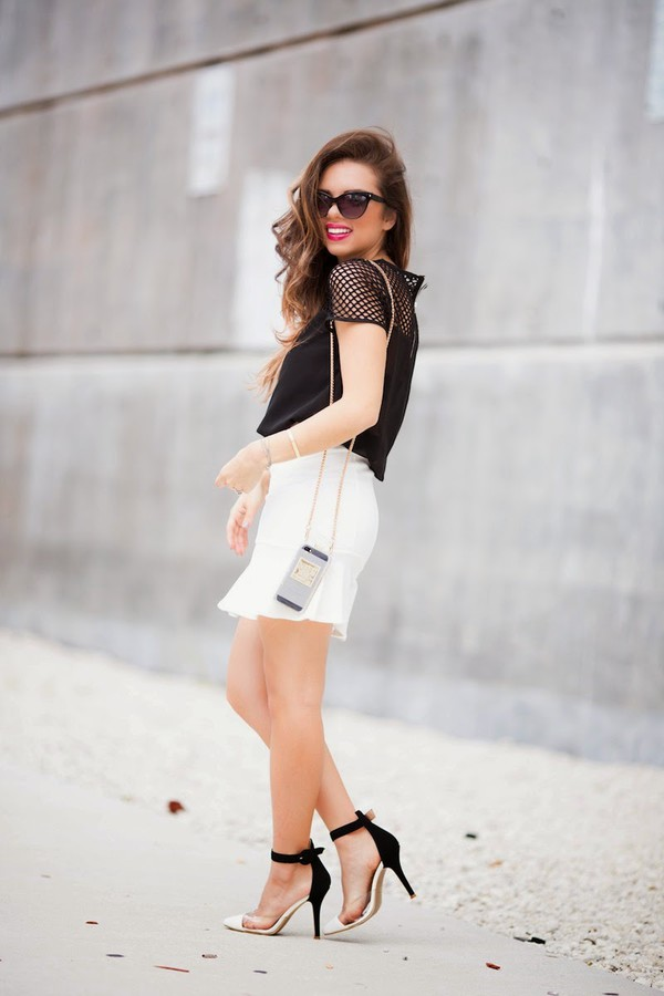 nany's klozet blogger t-shirt skirt shoes
