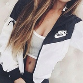 jacket,nike,nike air,streetwear,sportswear,sports bra,sporty,nike jacket,windbreaker,white,black,tumblr outfit,blue and white