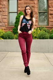 shelly stuckman,top,jewels,jeans,shoes