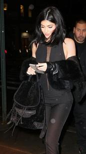 bag,kylie jenner,black,backpack,fur,black jumpsuit