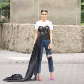 bag,mini bag,shoulder bag,jeans,pumps,asymmetrical,blouse,earrings
