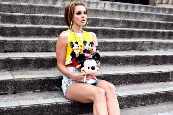 lana del rey shirt short shirt yellow yellow t-shirt short t-shirt