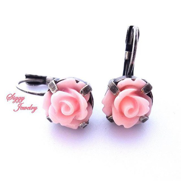 jewels siggy jewelry earrings flower earrings rose pink light pink pastel pink flowers bridesmaid wedding fashion girly girl style trendy cute gifts for her gift ideas feminine vintage style