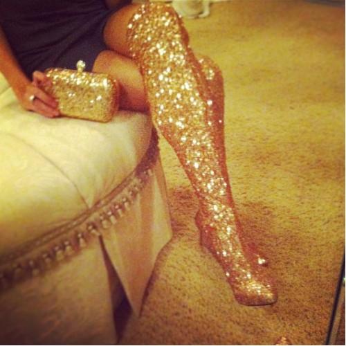 Nikita (gold sequin)