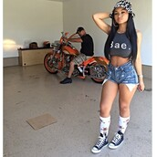 bae,top,india westbrooks,crop tops,gray crop top,grey t-shirt,high socks,babe,High waisted shorts,motorcycle,cropped,converse,bucket hat,the westbrooks,shorts,high waisted,hat,india love,socks,sneakers,shoes,fcc,fcc bucket hat,bae shirt,summer outfits,summer shorts,weave,camouflage,orange,shirt