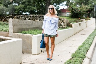 the courtney kerr blogger shorts bag shoes sunglasses jewels blue shirt blue heels high heel pumps blue bag off the shoulder blue top light blue short shorts