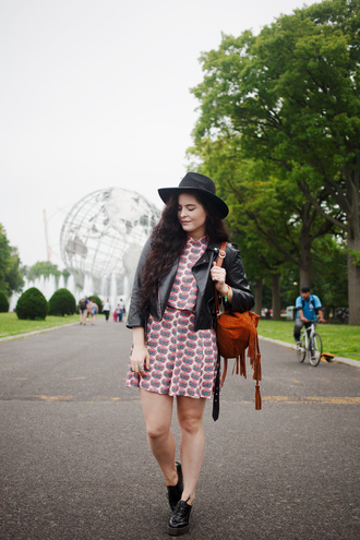 noelles favorite things blogger top skirt sunglasses jewels