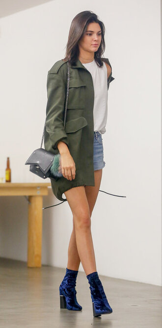 jacket shorts kendall jenner ankle boots olive green military style model off-duty kardashians shoes jewels jewelry necklace gold necklace choker necklace gold choker keeping up with the kardashians model celebrity style celebrity celebstyle for less velvet boots