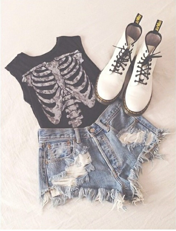 shirt shorts tank top skeleton black t-shirt white goth hipster bones beautiful style fashion black ribs bones xray top