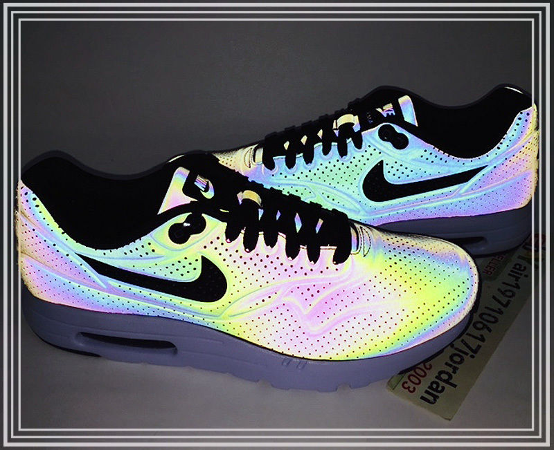 nike air max 90 ultra moire holographic iridescent hair