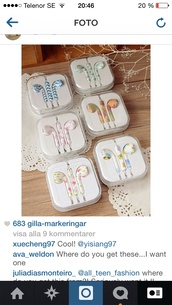 earphones,shoes,floral,chevron,blue and white,flowers,apple,iphone,ear buds,earbuds,colorful,mic,microphone,headset