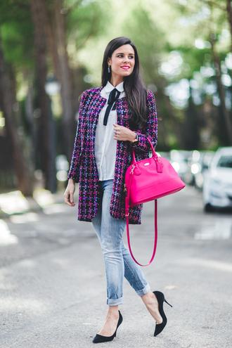 crimenes de la moda blogger coat blouse jeans jewels shoes bag