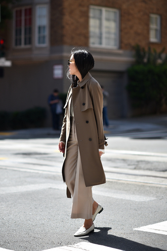 coat grey coat tumblr trench coat pants nude pants wide-leg pants cropped pants shoes white shoes top white top office outfits work outfits