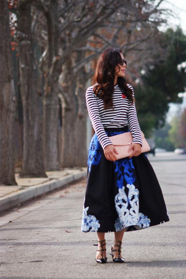 hallie daily t-shirt skirt bag shoes sunglasses
