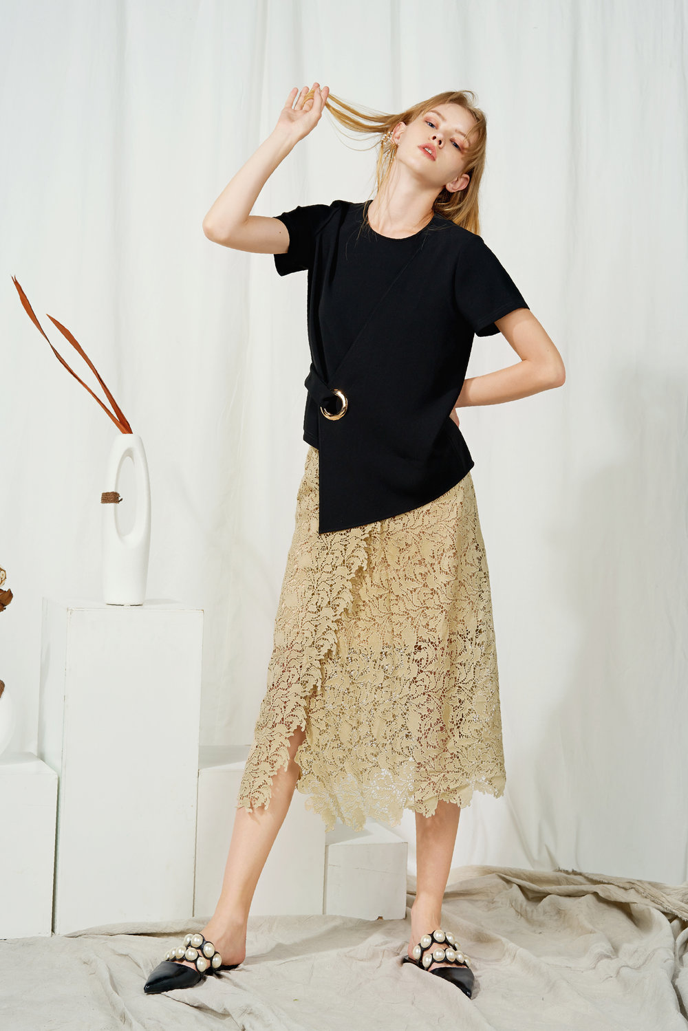 Lace Beige Skirt