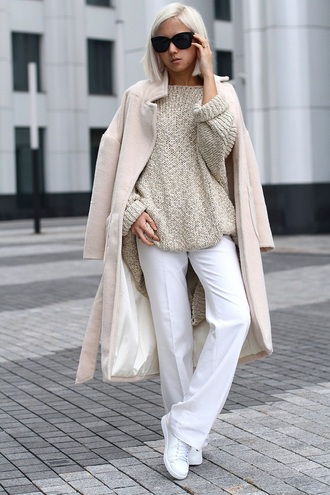 image monkey blogger long coat white pants knitted sweater beige sweater pants wide-leg pants sunglasses black sunglasses winter work outfit coat beige coat chunky knit