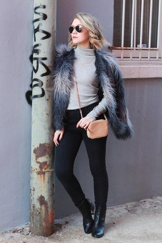 miss lyle style blogger fluffy mini bag black jeans turtleneck mini shoulder bag
