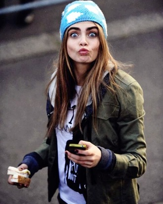 cara delevingne clouds blue hat jacket beanie model off-duty