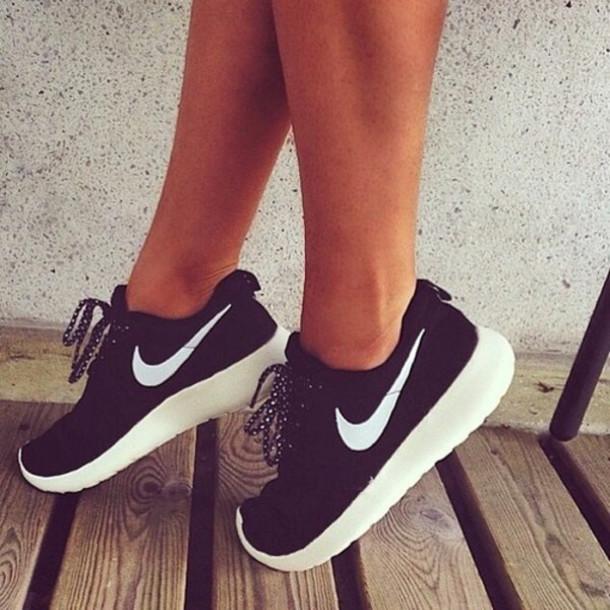 Shoes Nike Roshe Run Black Nikes Style Street Shoes Fitness Wheretoget