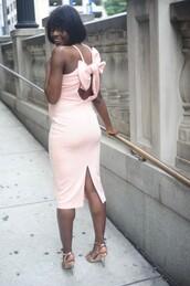 skinny hipster,blogger,jewels,dress,shoes,pink dress,maternity dress,bow back,sandals,high heel sandals