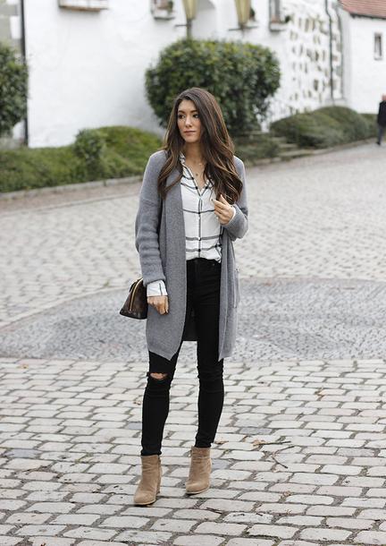 6d10617b8172 seekingsunshine blogger top sweater jeans shoes louis vuitton bag cardigan  grey cardigan ankle boots black jeans