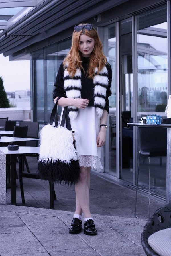 hannah louise fashion blogger scarf bag shoes sunglasses