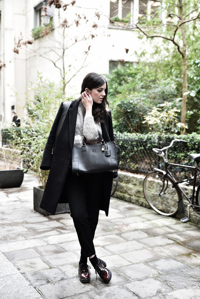 views by laura blogger coat black coat black bag loewe bag handbag sweater grey sweater winter coat black pants black shoes winter outfits