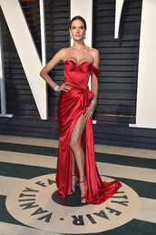 dress,alessandra ambrosio,model off-duty,red dress,red,bustier,bustier dress,gown,prom dress,slit dress,oscars,Oscars 2017
