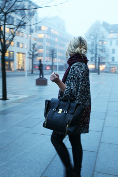 cath in the city sweater scarf pants bag shoes cardigan oversized knit winter outfits coat oversize jumper big jumper wool grey wool coat black sleeves tweed maroon scarf black pants phillip lim pashli pashli satchel phillip lim satchel black satchel black leggings black coat winter outfits black winter coat streetstyle bun