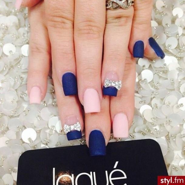 Ногти синий с розовым